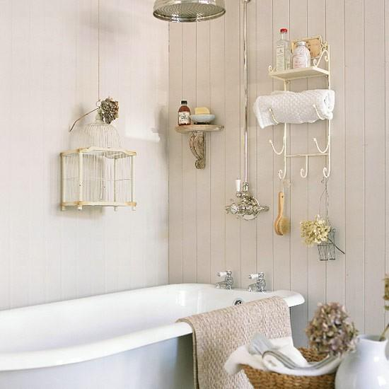 Stroage-for-a-small-bathroom