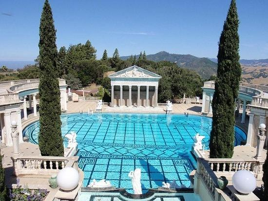 hearst-castle-pool-area