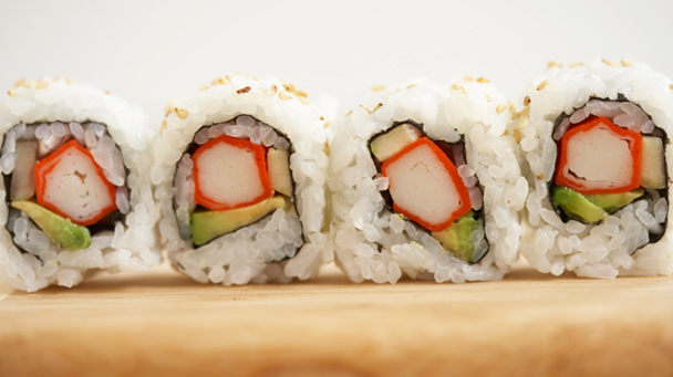 how to make your own sushi california rolls