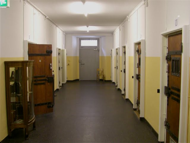 Crime punishment luxury 10 prisons that turned into for Prison converted to hotel